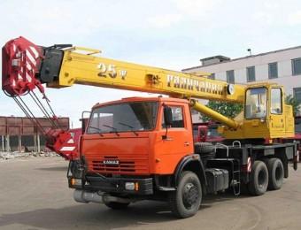 """Автокран 25 тонн """"Галичанин"""""""